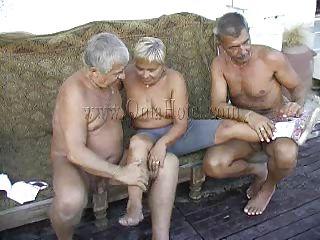 Порно с родной бабушкой